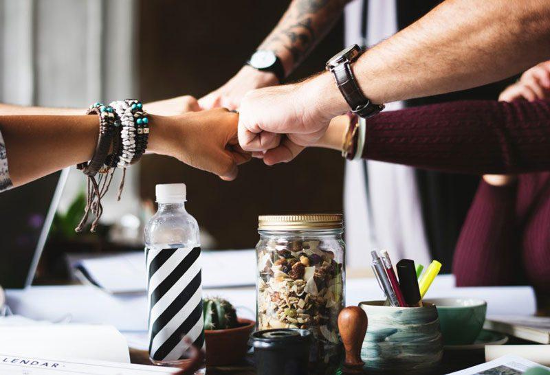 L'amitié, facteur de réussite en entreprise ? Le cas de Michel et Augustin